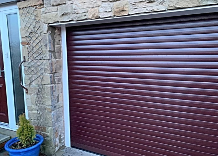 Huddersfield Garage Doors - Brown Roller Door